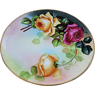 """Beautiful Haviland France & D'Arcy's Studio 1900's Hand Painted Vibrant """"Red & Yellow Roses"""" 9-1/4"""" Floral Plate"""