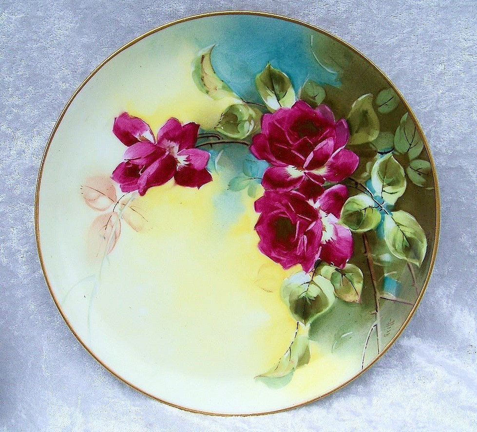 "Gorgeous L.W. Donath Studio of Chicago Vintage 1900's Hand Painted ""Deep Red Roses"" 8-3/4"" Plate by the Artist ""Griffith"""