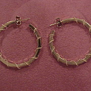 14 KG Hoop Earrings with Unusual Wire Wrap Detail