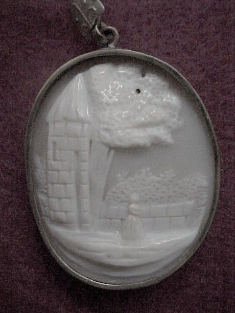 """Rebecca at the Well"" Cameo - 1850 circa - Pendant - 10K GF"