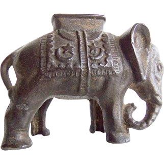 Vintage Cast Iron Elephant Still Bank