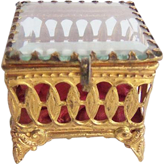 Vintage Filigree Ormolu Beveled Glass Dresser Ring Box