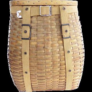 Vintage Adirondack Trappers Hunters Backpack Basket