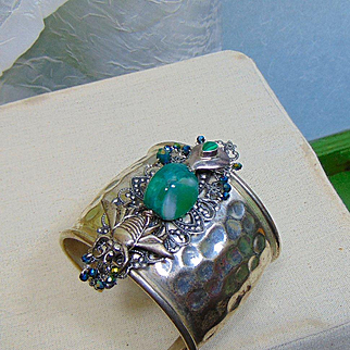 Bee Cuff with Green Agate, Malachite and Czech Glass Crystals