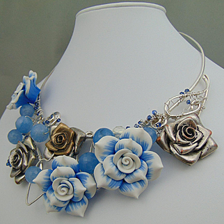Mixed Metal and Polymer Roses Necklace
