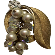 Classic Gold Tone leaf shaped Pin Brooch with articulating  faux Pearls & Crystals