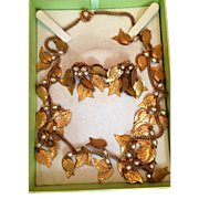 Miriam Haskell gold tone Leaf with Baroque Pearl Necklace and Earrings demi parure set