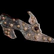 Vintage Sterling Etched Pearl Garnet Shoe Pin