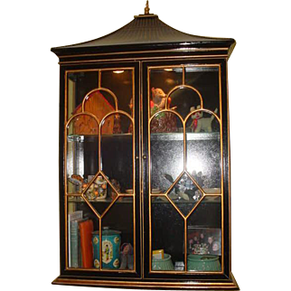 Vintage Pagoda Mid Century Black Chinoiserie Glass Wall Cupboard Cabinet Light