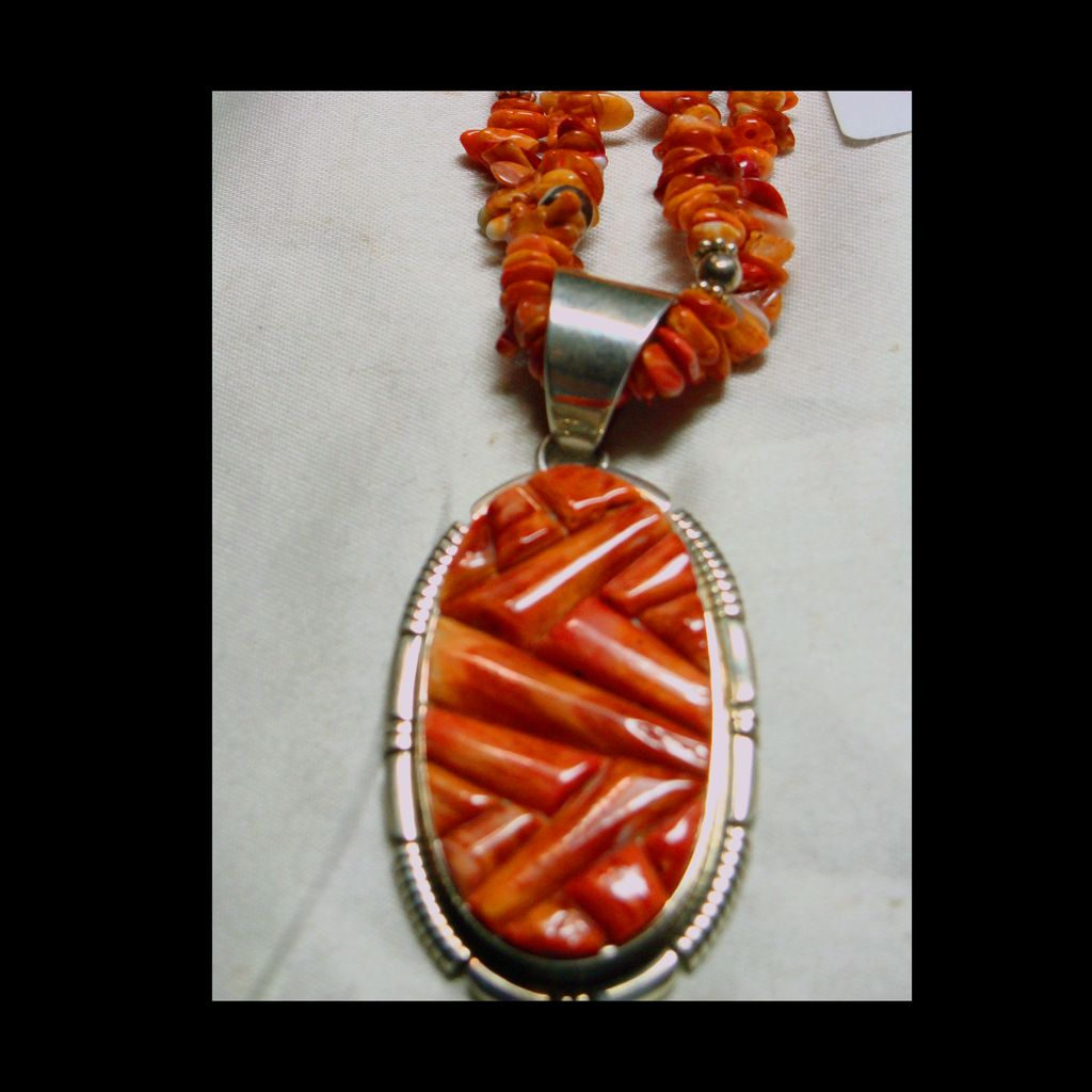 Brilliant Orange Spiny Oyster Inlay Pendant with Matching Necklace