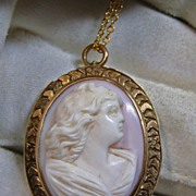Pendant & Chain -Vintage Conch Shell Cameo of a Woman.