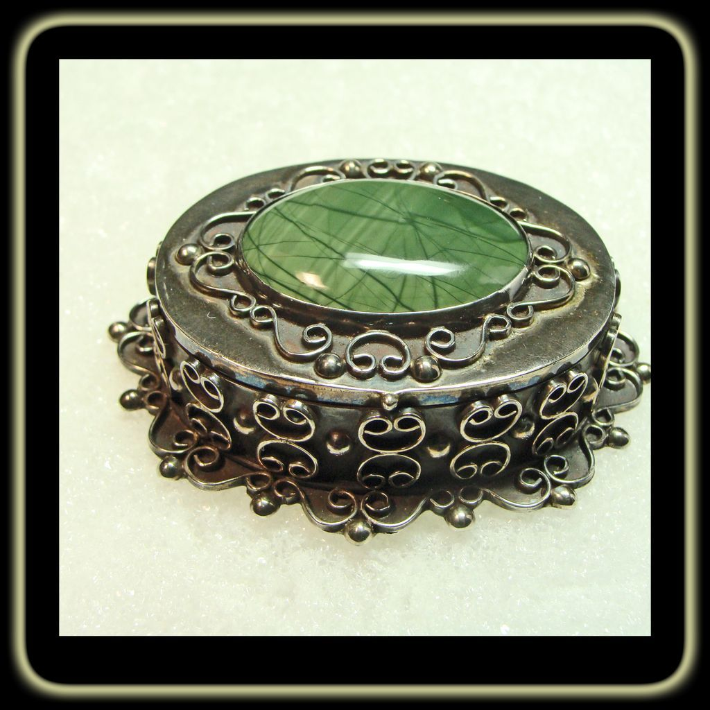 Mexican Sterling and Agate Box by H. Arriaca