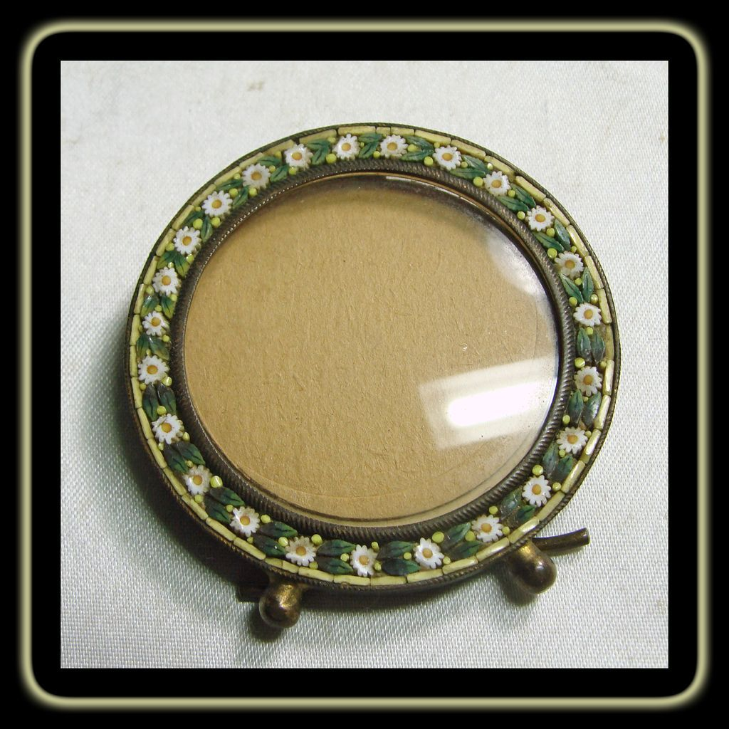 Round MicroMosaic Picture Frame