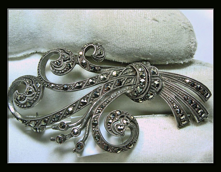 1950s Marcasite and Sterling Silver Broach
