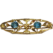 Vintage Pin 10 Kt Yellow Gold and Natural Zircon Stones