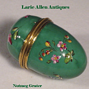 English Enamel Nutmeg Grater Pocket Size
