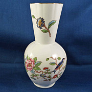 Aynsley Finest English Bone China Pedestal Vase, Pembroke Pattern