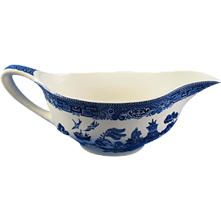 Vintage Blue Willow Gravy Boat Johnson Bros. England