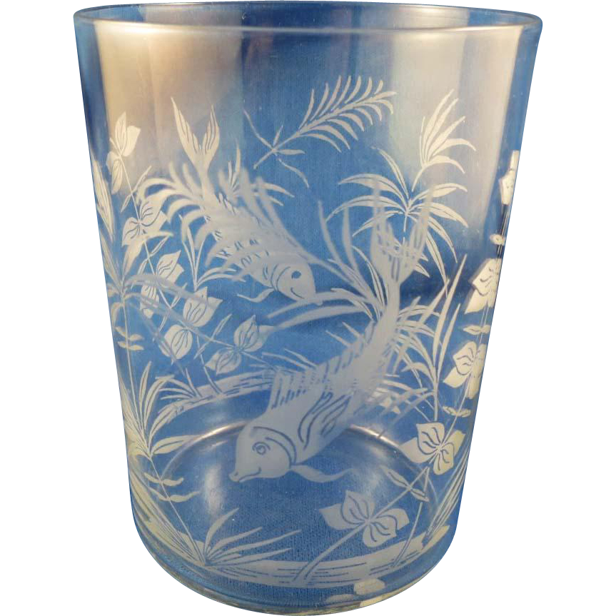 Vintage Clear Glass with Aquatic Plants & Fish Design