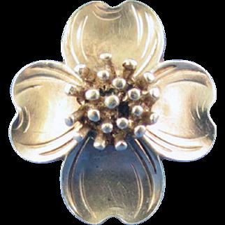 """VINTAGE """"Sterling"""" Dogwood Flower Ring"""