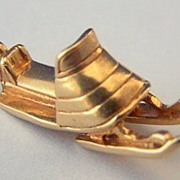14K Gold Vintage Charm ~ Figural Snow Sled