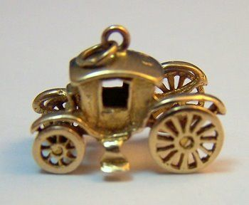 Vintage 9K Gold Charm ~ Antique Carriage w/ Movable Wheels