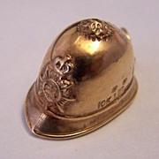 10K Gold Vintage Travel Charm ~ English Bobby Hat ~ Bermuda