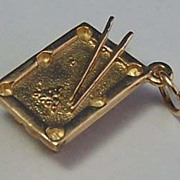 14K Gold Vintage Charm ~ Figural Pool Table