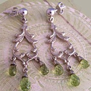Vintage 14K WG & Peridot Chandelier Earrings