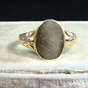 Vintage 14k Gold Signet Ring