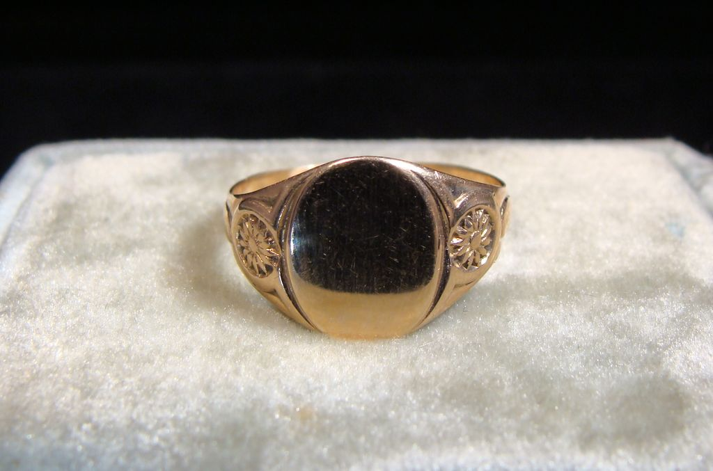 vintage 10k gold signet ring from larsons on ruby