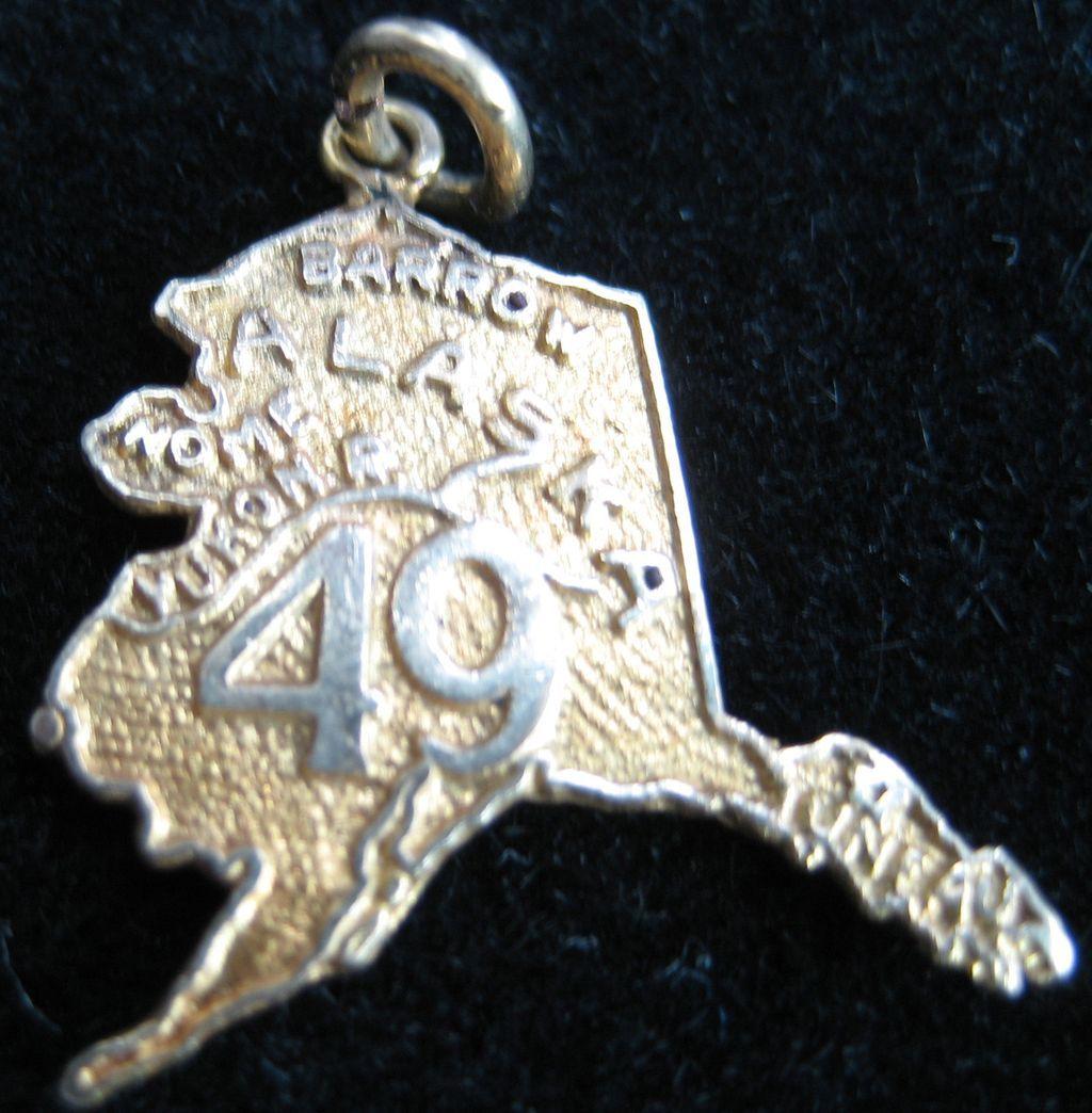 Vintage 10K State of Alaska Charm