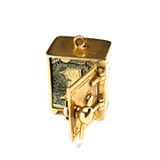 Vintage 14K Mad Money Safe Moveable Charm
