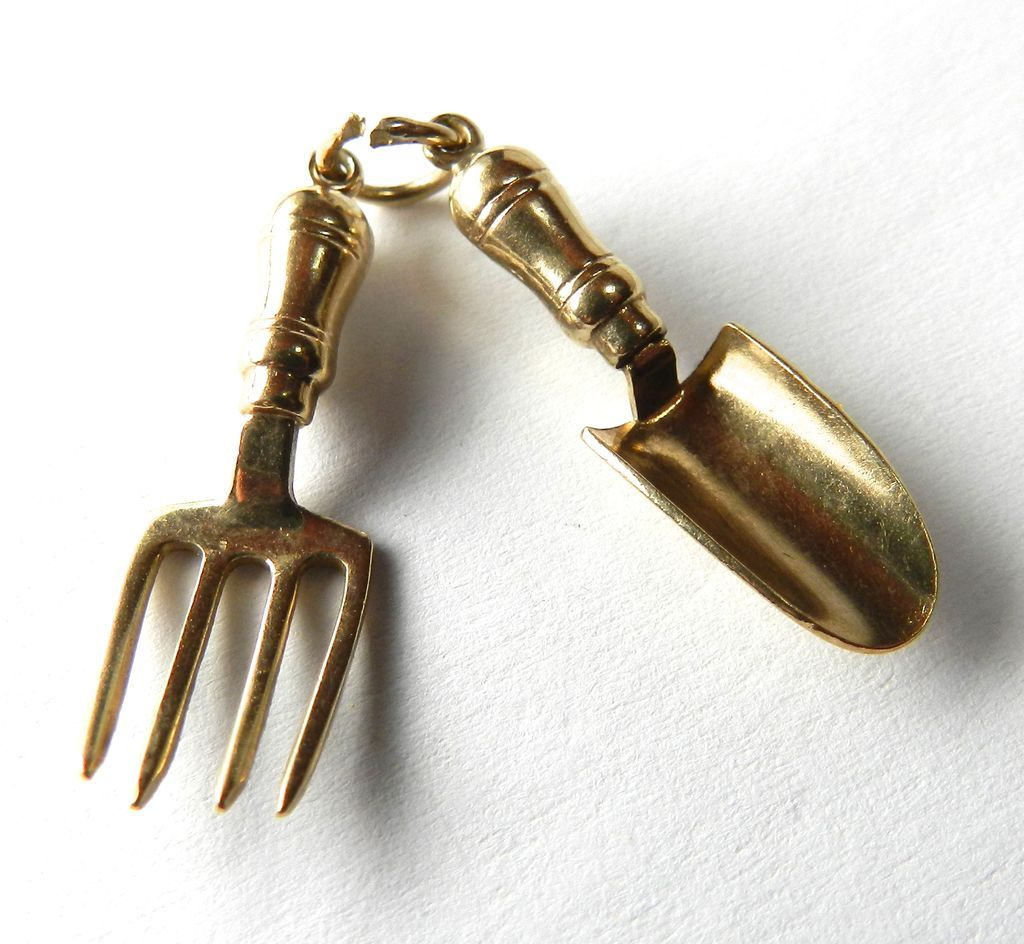 Vintage 9K Trowel and Hand Fork Garden Tools Charm