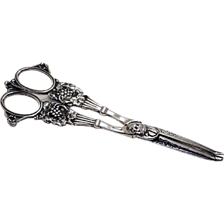 Sterling Silver Antique Victorian Grape Cutting Shears Scissors Tool