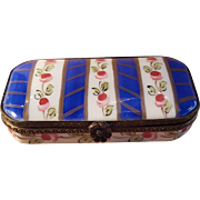 Vintage Handpainted Limoges Floral Flat Rectangle Porcelain Pill Box Trinket Box Jewelry Box Made in France LD54