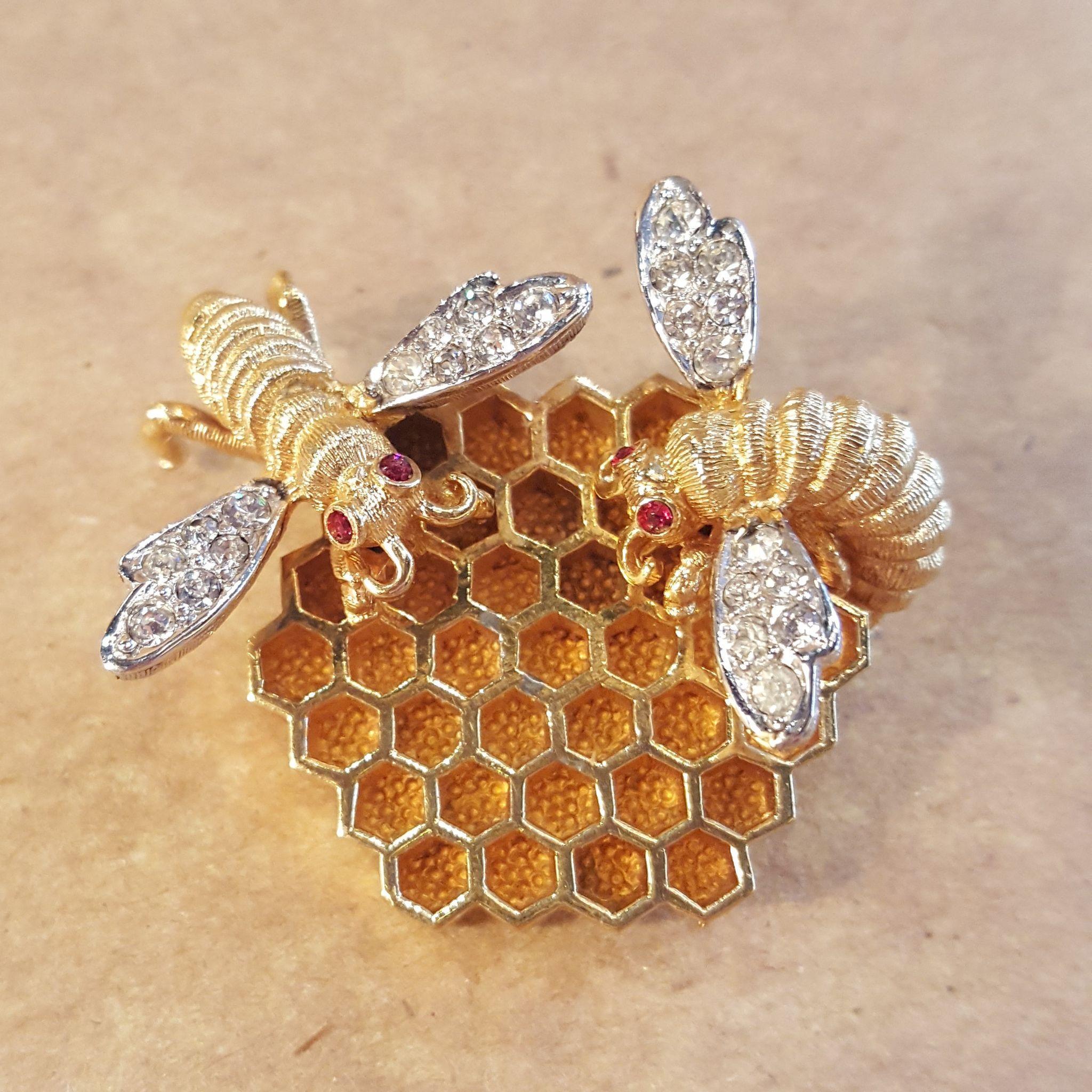 rare boucher honeycomb bumble bee honey bee pin brooch vintage
