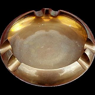 Modern Large Round Brass Cigar Ashtray Holds 6 Cigars! Tobacciana Holder