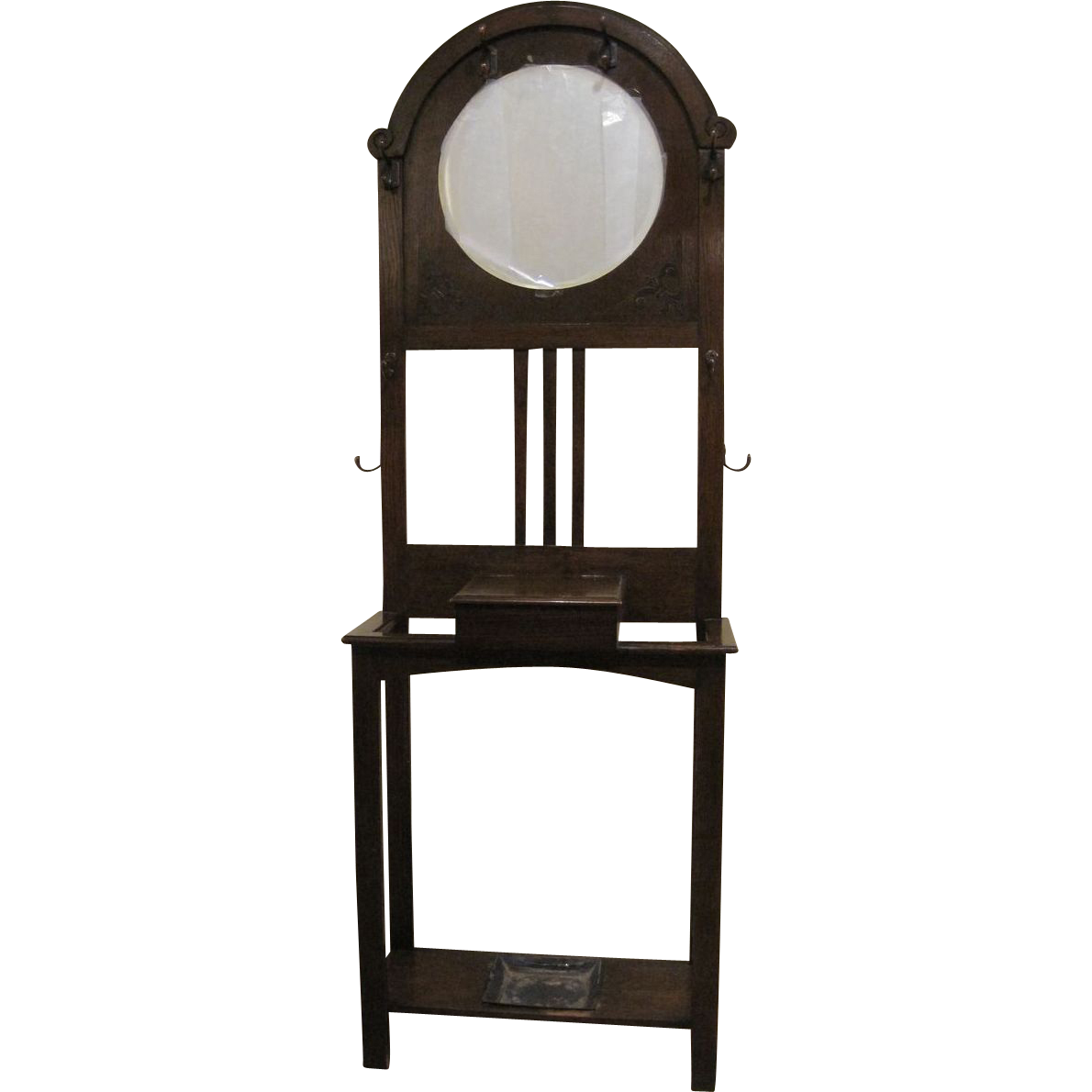 Antique English Arts and Crafts Oak Hall Tree with Beveled Mirror, c. 1900