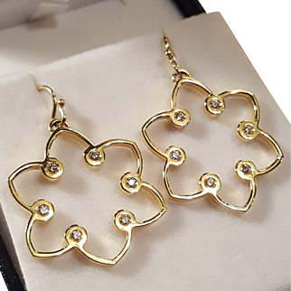 The Narcissus Collection Jemily 18k Gold Diamond Earrings