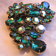 Vintage Large Kramer Brooch Emerald Green Giant Pear Shaped Rhinestones