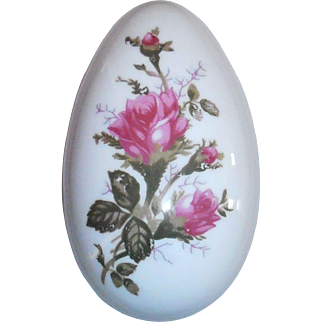 Moss Rose Porcelain Egg Box