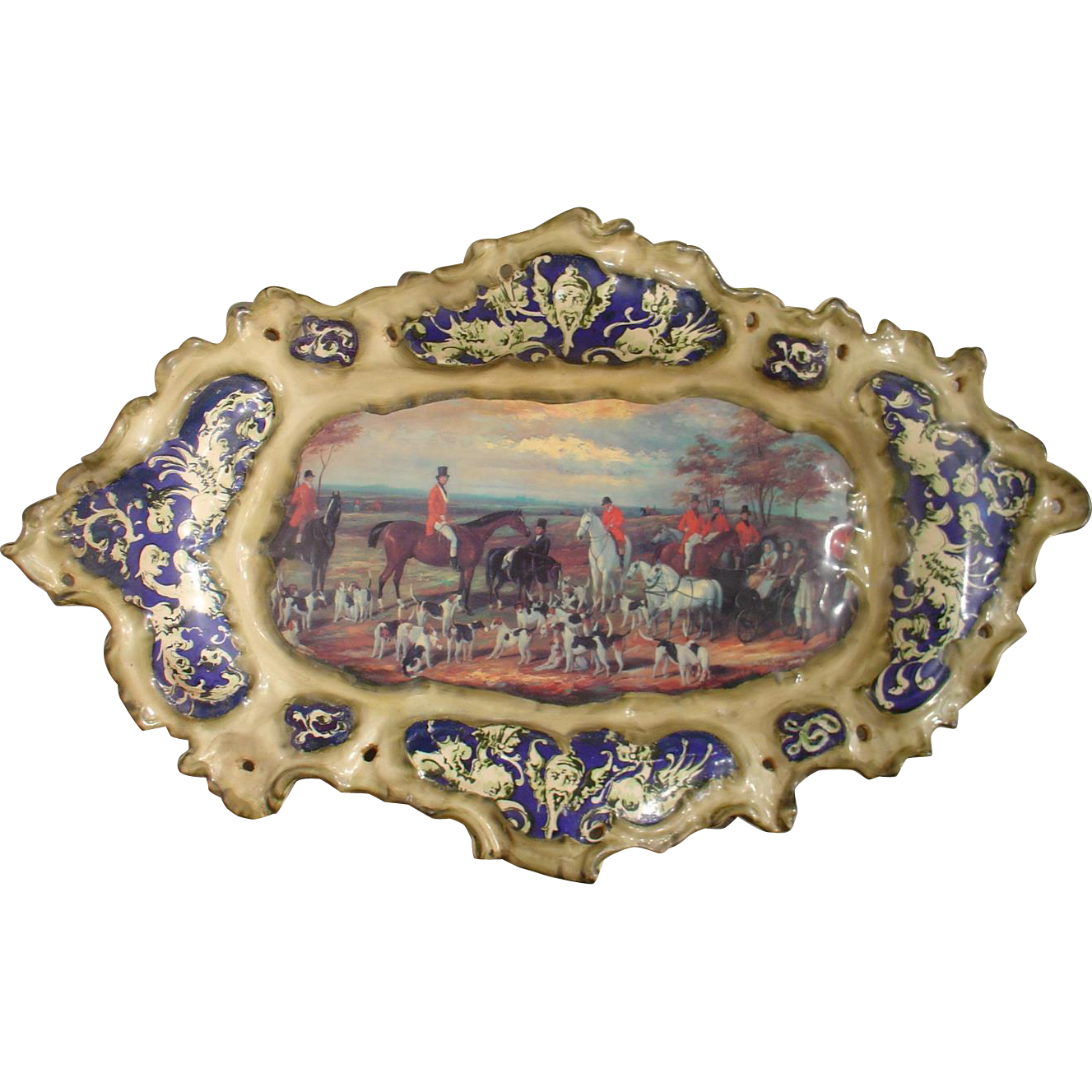 Hand Painted French Platter Depicting an English Hunt Scene, 1900s