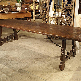 18th Century Elmwood Dining Table from Spain