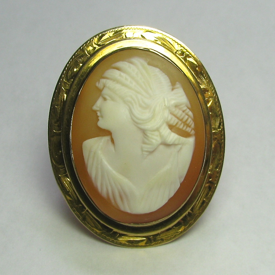 Antique Early Art Deco 10K Gold Shell Cameo Brooch Pendant