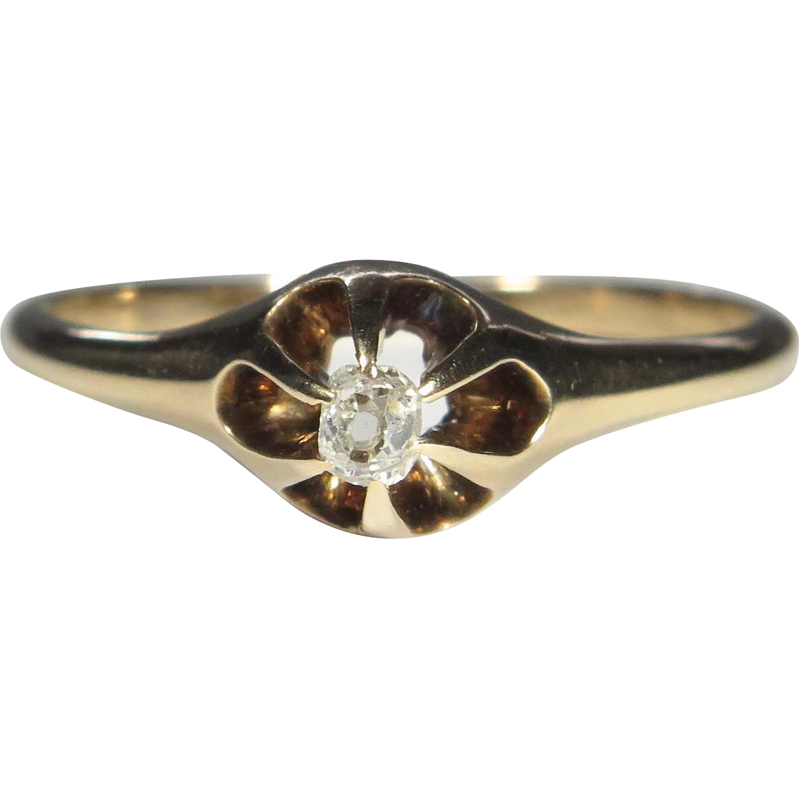 Antique Victorian 10K Gold Mine Cut Diamond Ring