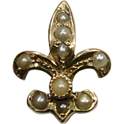 Antique Edwardian 14K Gold Seed Pearl Fleur De Lis Stick Pin