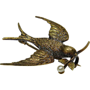 Antique Victorian 15CT Gold Swallow Bird Seed Pearl Brooch