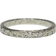 Vintage Art Deco 18K White Gold 3 Diamond Patterned/Etched Wedding Band Ring