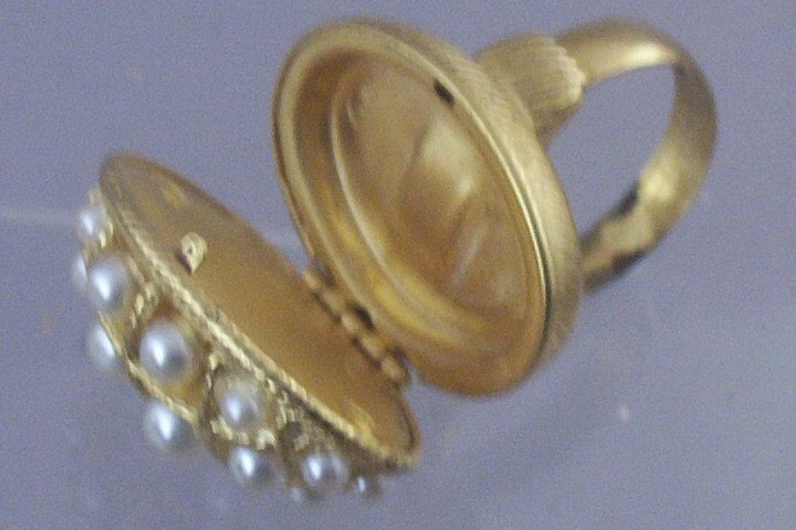 Vintage Avon Locket Ring With Simulated Pearls Amp Original